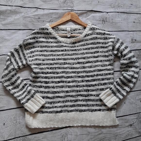 ❄3/$20--Super Cozy Sweater